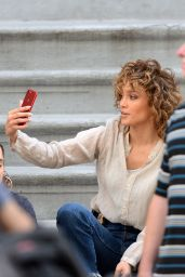 "Jennifer Lopez - Posts a Selfie From the set of ""Shades of Blue"" Filming in NY 06/28/2017"