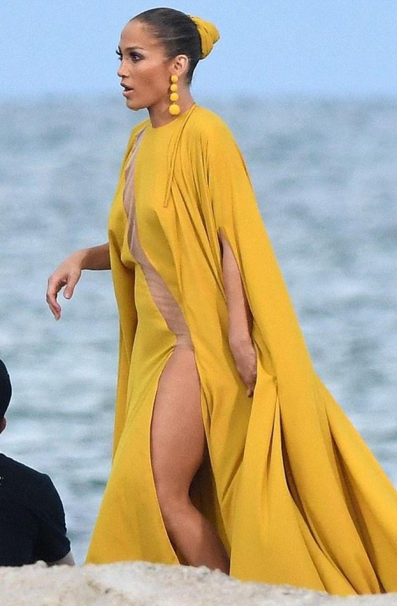Jennifer Lopez Shooting Video For Her Song Quot Ni Tu Ni Yo