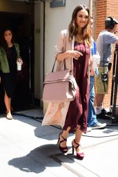 Jessica Alba - Leaving the View in New York City 06/15/2017