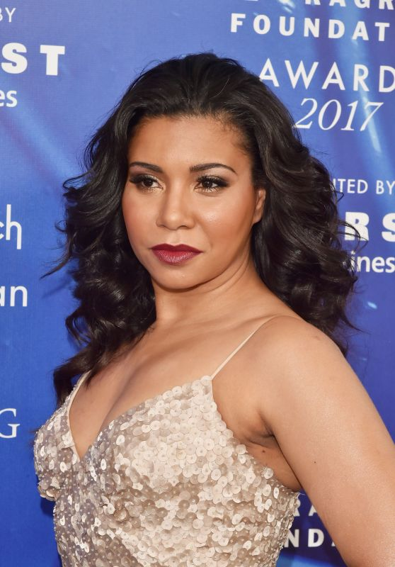 Jessica Pimentel – Fragrance Foundation Awards in New York 06/14/2017