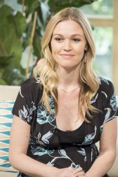"""Julia Stiles Appeared on """"This Morning"""" TV Show in London 06/13/2017"""