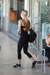 Julianne Hough - Gets coffee After a Workout in LA 06/26/2017