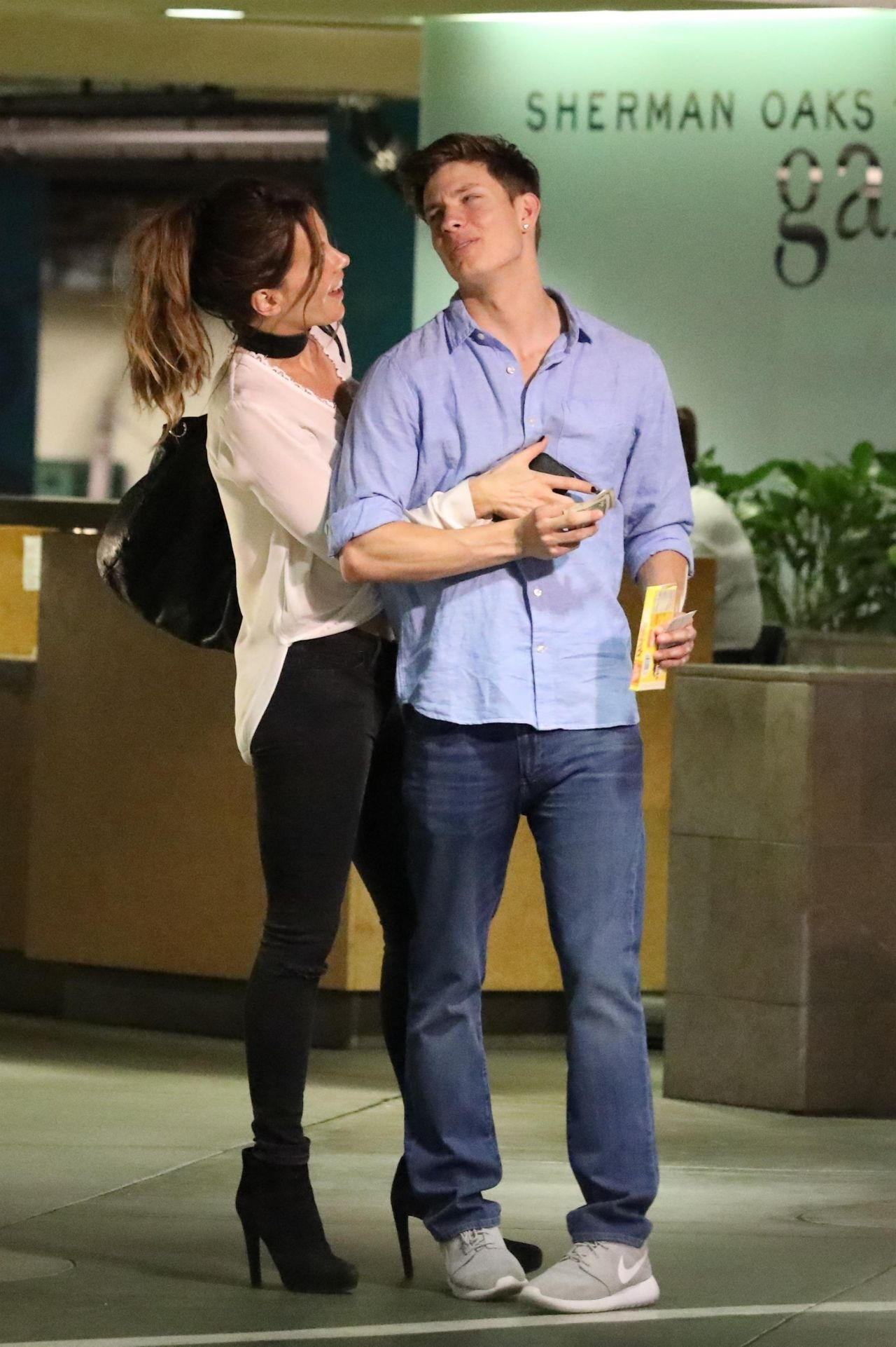 Kate Beckinsale And 21 Year Old Boyfriend Matt Rife In Los