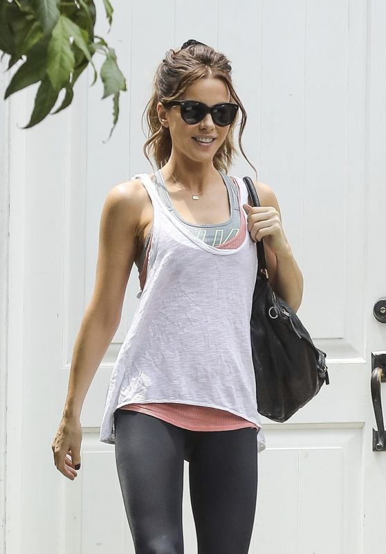 Kate Beckinsale in Workout Gea - Los Angeles 06/24/2017