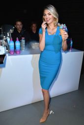 Kate Upton - Hosts Supercharged Summer With SVEDKA Blue Raspberry in LA 06/13/2017