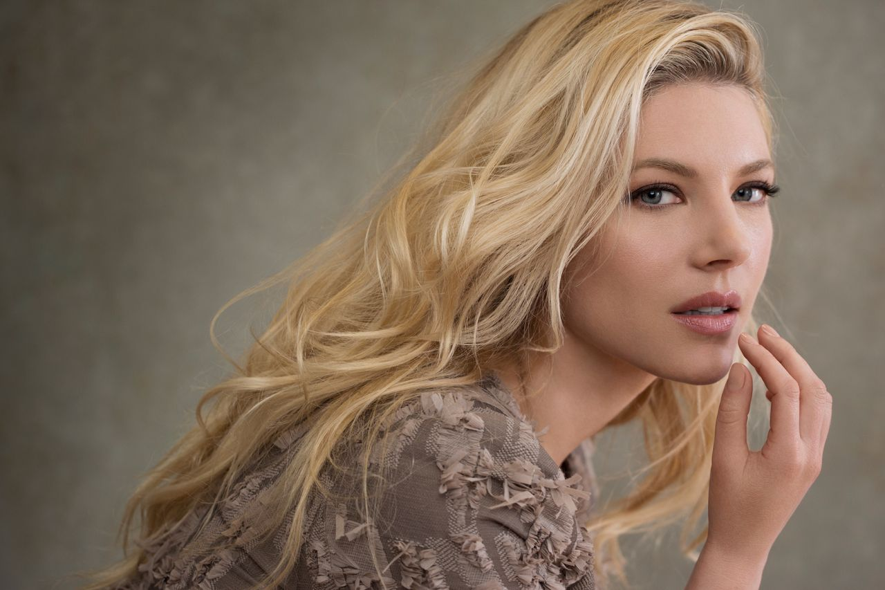 Katheryn Winnick Photoshoot For Real Style Magazine