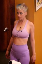 Katy Perry Getting Ready For a Workout - Los Angeles 06/12/2017