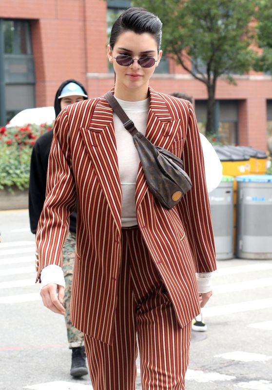 Kendall Jenner Showing Off Her Trendy Style - New York City 06/05/2017