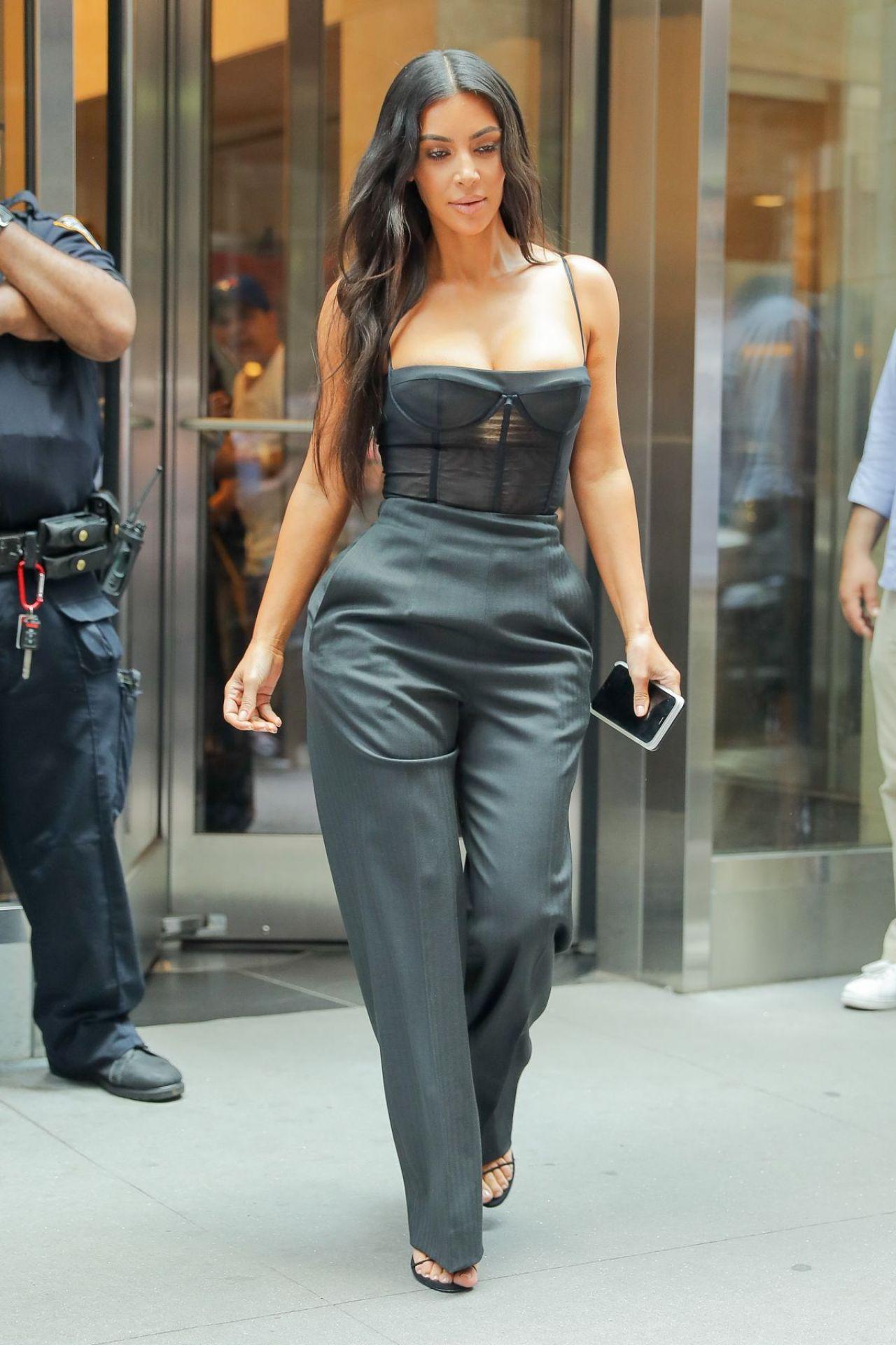 Kim Kardashian - Out in New York 06/14/2017 Kim Kardashian