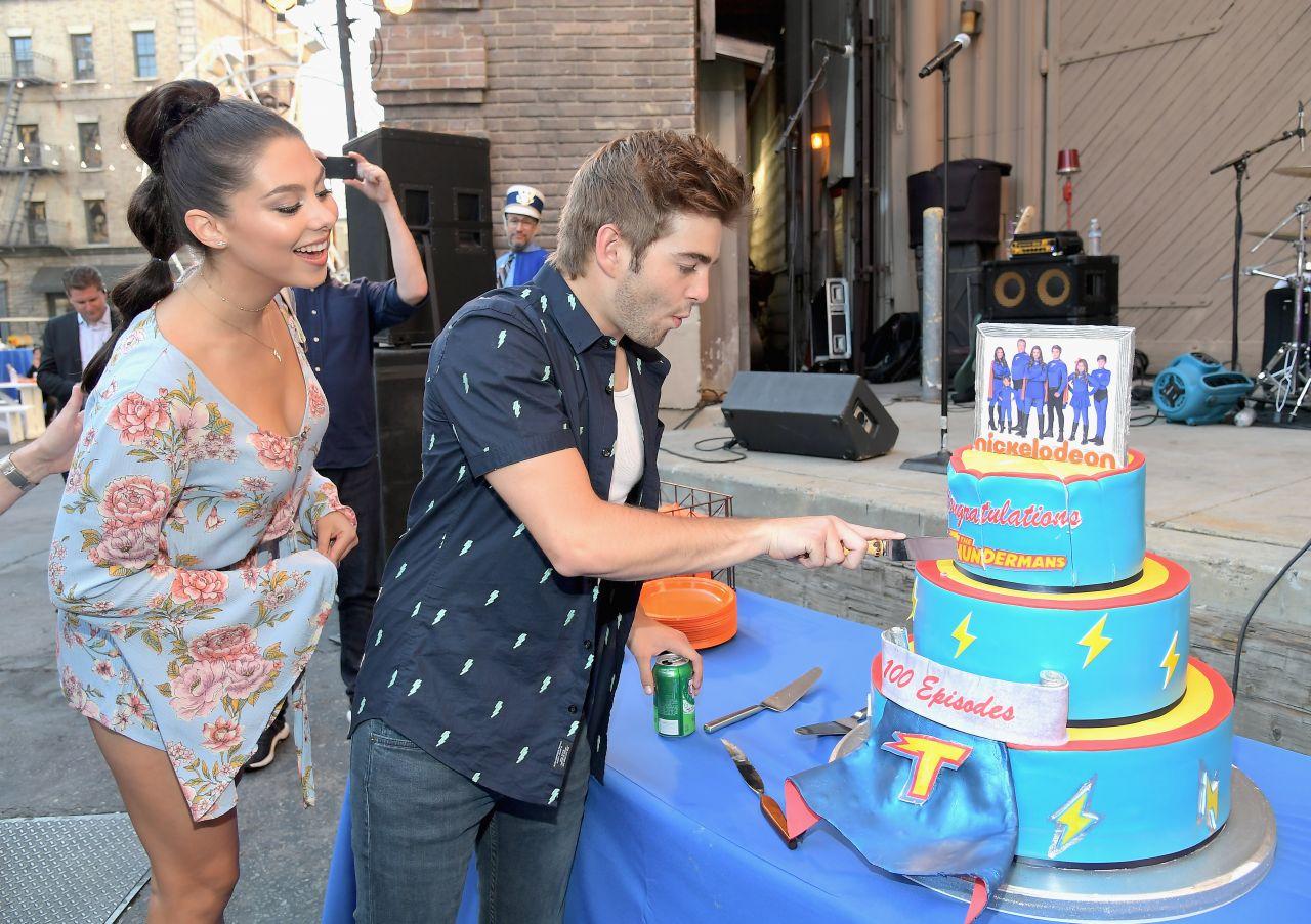 Kira Kosarin 100th Episode Celebration Of Nickelodeon S