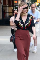 Kirsten Dunst is Looking All Stylish - Out in New York City 06/19/2017