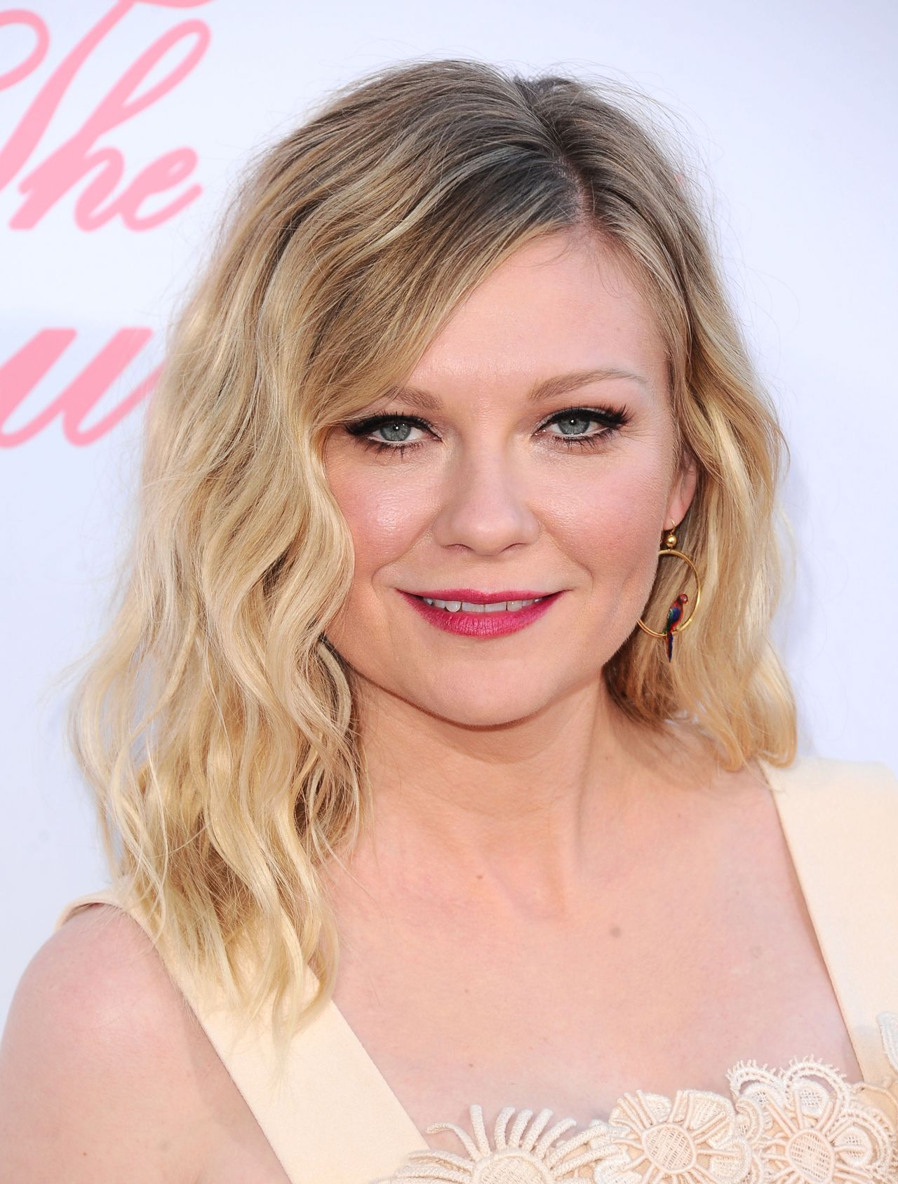 """Kirsten Dunst - """"The Beguiled"""" Movie Premiere in Los ..."""