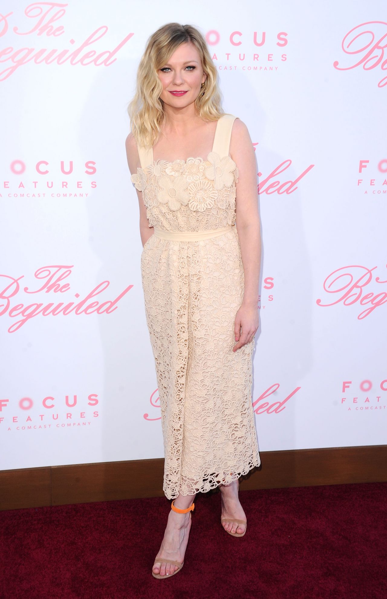 Kirsten dunst the beguiled movie premiere in new york
