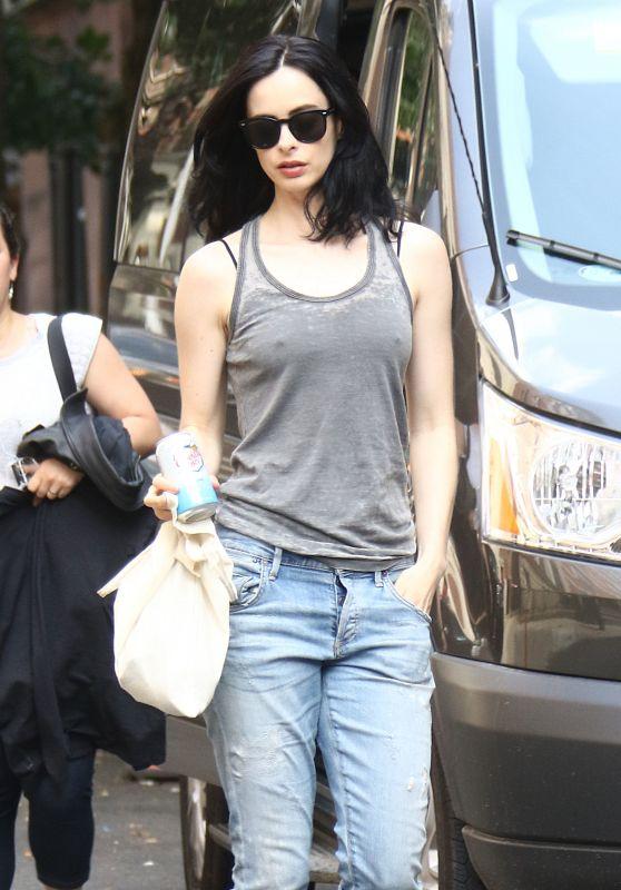 "Krysten Ritter - ""Jessica Jones"" Season 2 Set in New York 06/14/2017"