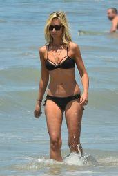 Lady Victoria Hervey Bikini Candids - Santa Monica 06/25/2017