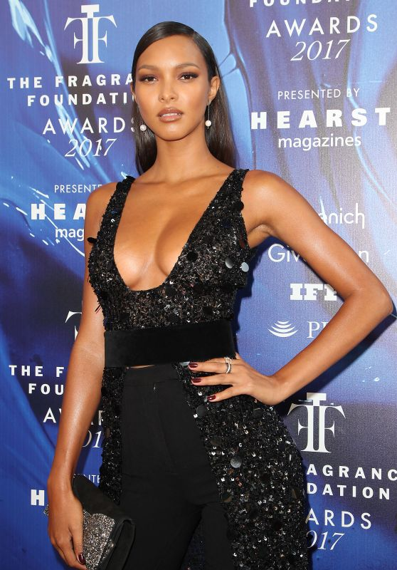 Lais Ribeiro – Fragrance Foundation Awards in New York 06/14/2017