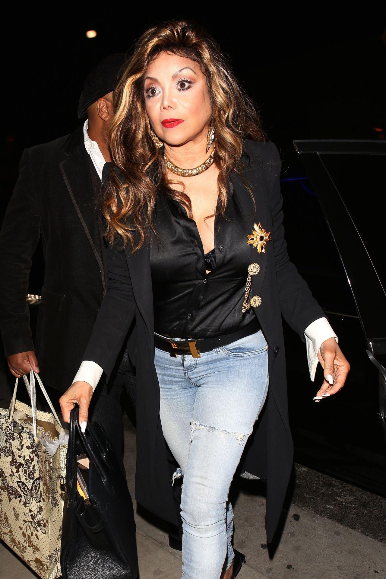Latoya Jackson Arrives At Tao In Hollywood 06 09 2017