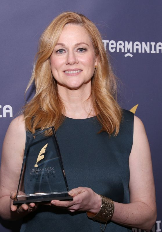 Laura Linney – Drama Desk Awards in New York 06/04/2017