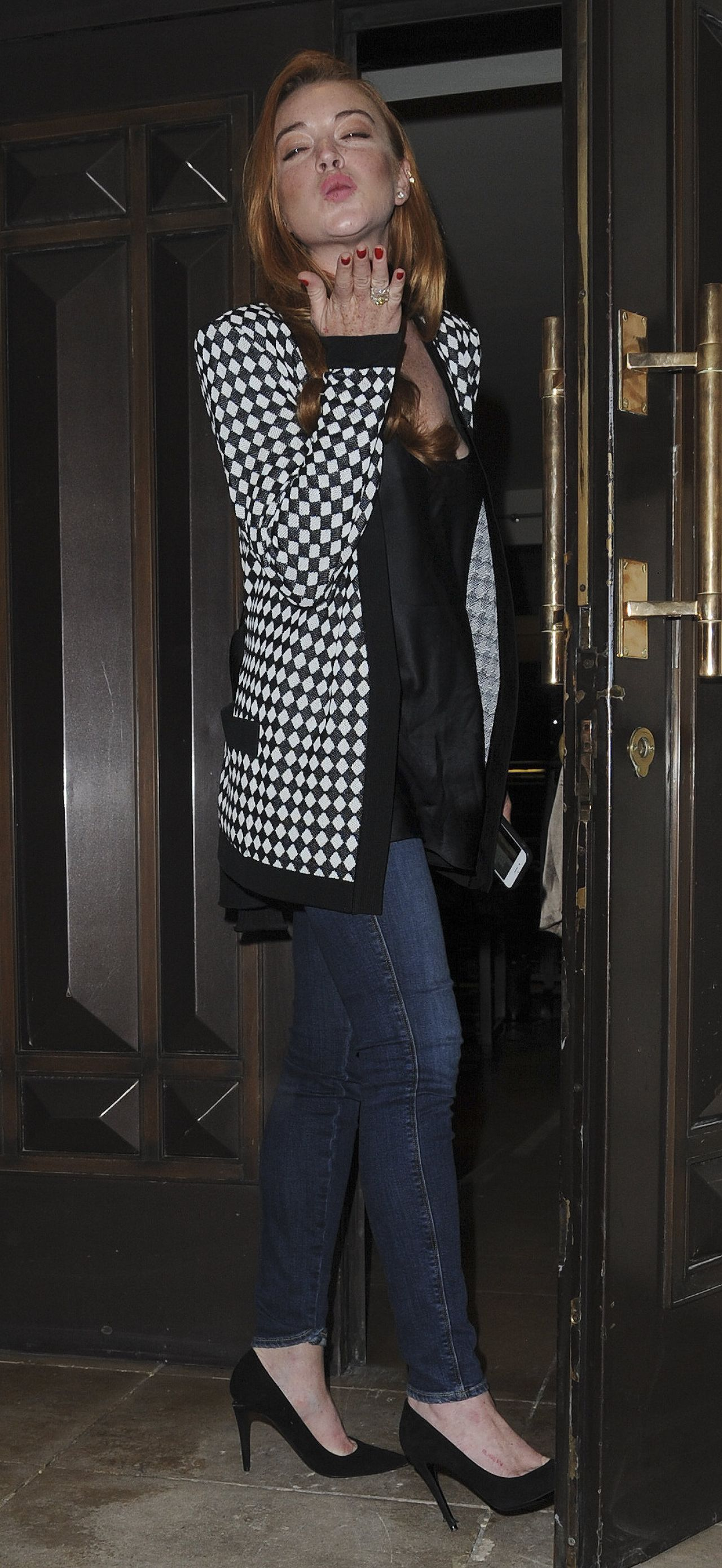 lindsay lohan casual style at the dorchester hotel in