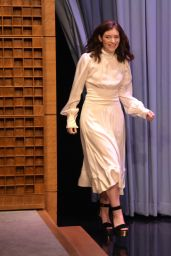 """Lorde - Visits """"The Tonight Show Starring Jimmy Fallon""""  in NYC 06/15/2017"""