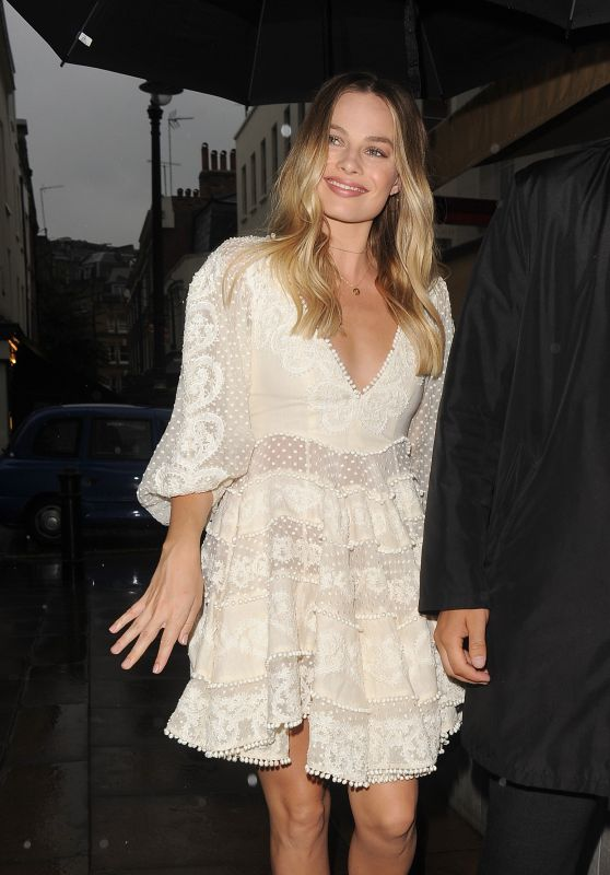 Margot Robbie Night Out in in London, England 06/27/2017