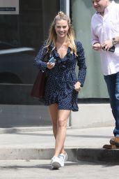 Margot Robbie Street Style - Los Angeles, June 2017