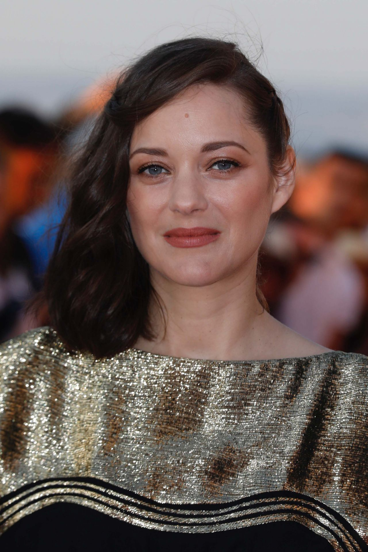 Marion Cotillard Latest Photos