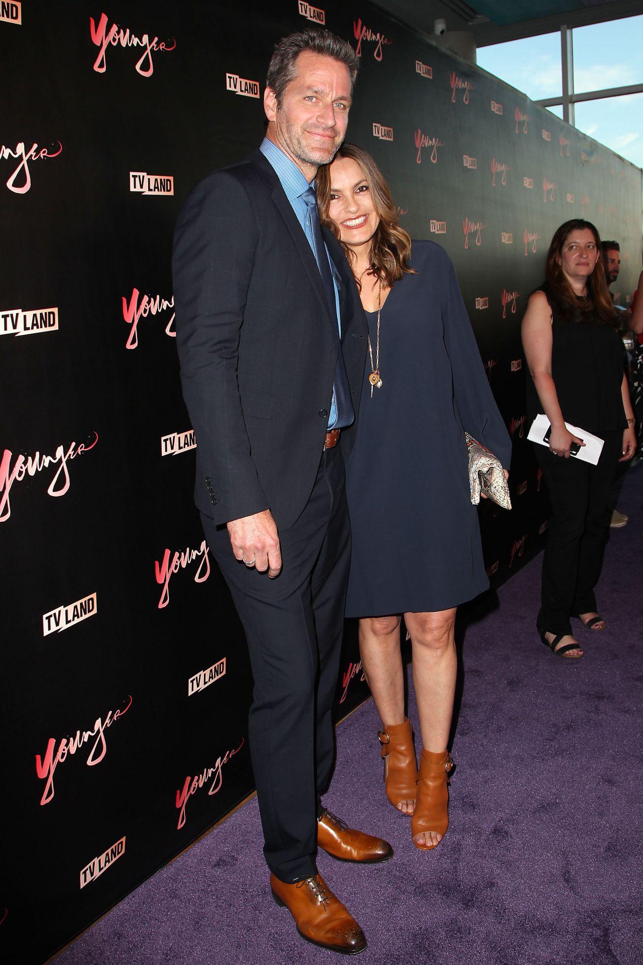 Mariska hargitay younger season 4 premiere in new york nude (23 photos), Cleavage Celebrity pics