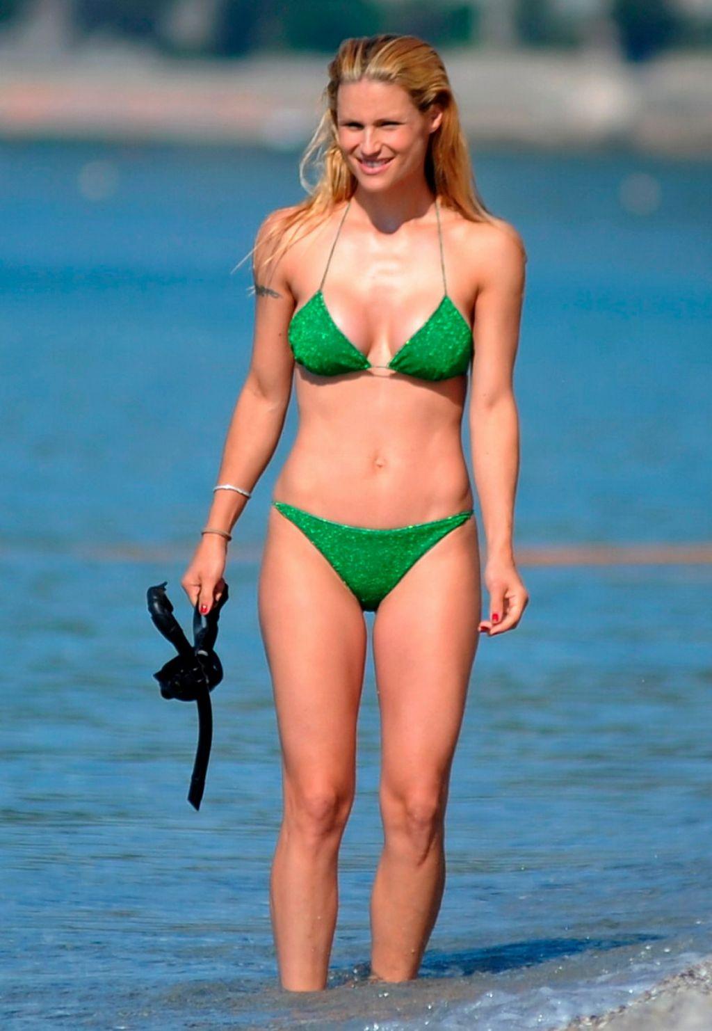 Michelle Hunziker In Bikini Varigotti Italy 06 11 2017