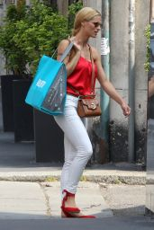 Michelle Hunziker - Shopping at the Baby Shop in Milan, Italy 06/27/2017