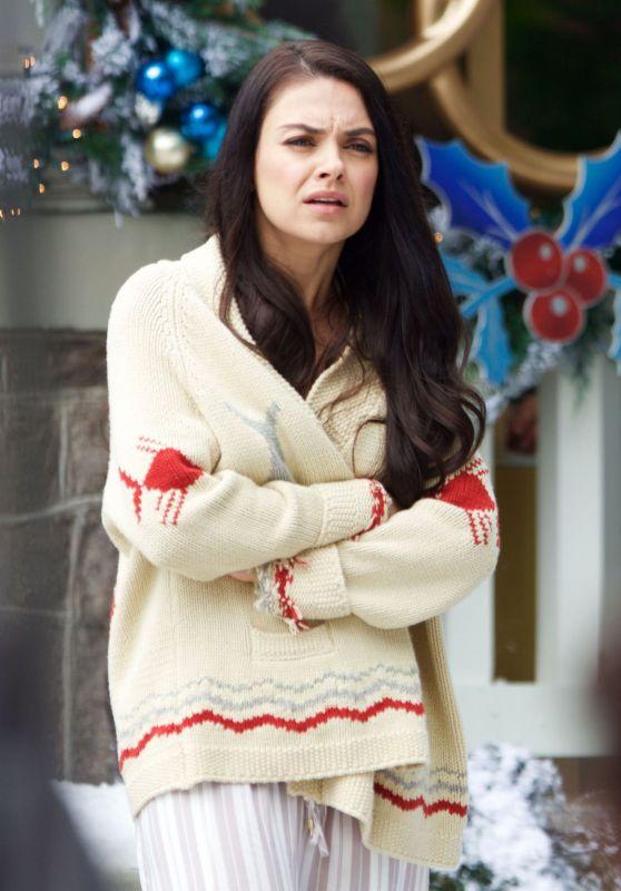 "Mila Kunis - Filming ""A Bad Moms Christmas"" in Atlanta 05/31/2017"