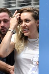 Miley Cyrus - iHeartSummer