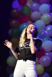 Miley Cyrus Performas Live at BLI Summer Jam Concert in NY 06/16/2017