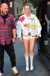 Miley Cyrus Showing Off Her Trendy Style - NYC 06/14/2017