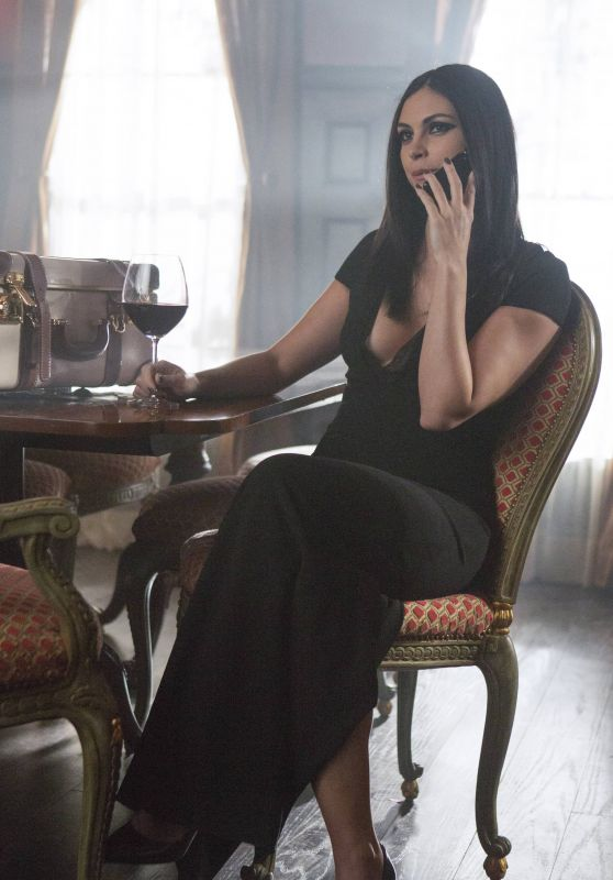 "Morena Baccarin - ""Gotham"" Season 3 Promo Pictures - Episode 22"