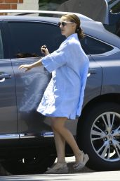 Natalie Portman in Casual Attire  - Out in Los Angeles 06/09/2017