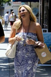 Natasha Henstridge - Grabs a Coffee Whilst Shopping in LA 06/14/2017