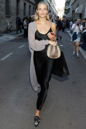 Natasha Poly - Leaving Versace Menswear S/S 2018 Show in Milan 06/17/2017