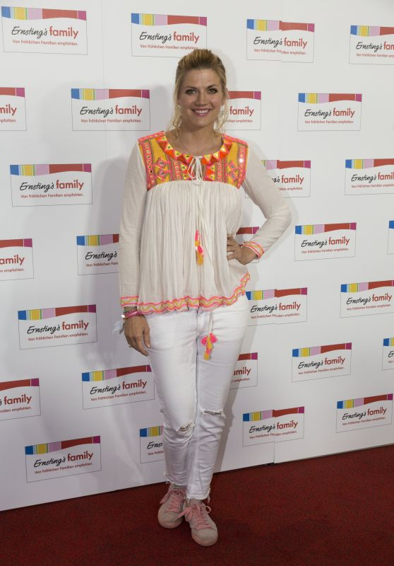 Nina Bott – Ernstings Family Fashion Show in Hamburg 06/26/2017