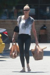 Paige Butcher - Shopping at Ralph