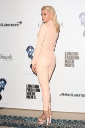 Pixie Lott on Red Carpet - The One For The Boys Fashion Ball in London 06/09/2017