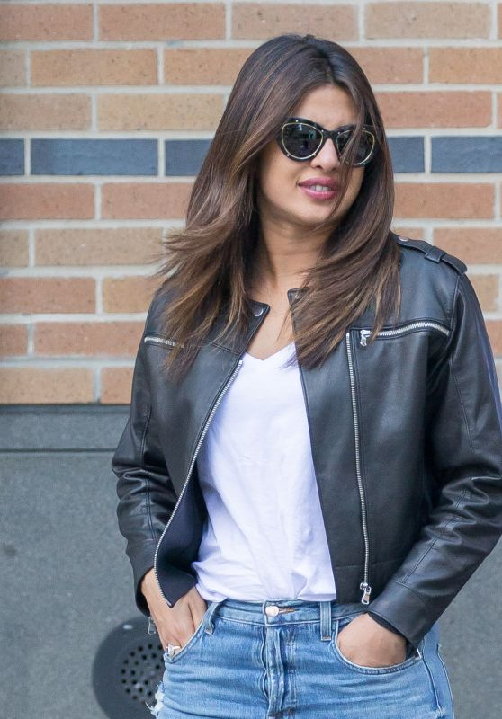 Priyanka Chopra - Having Lunch in New York 06/20/2017