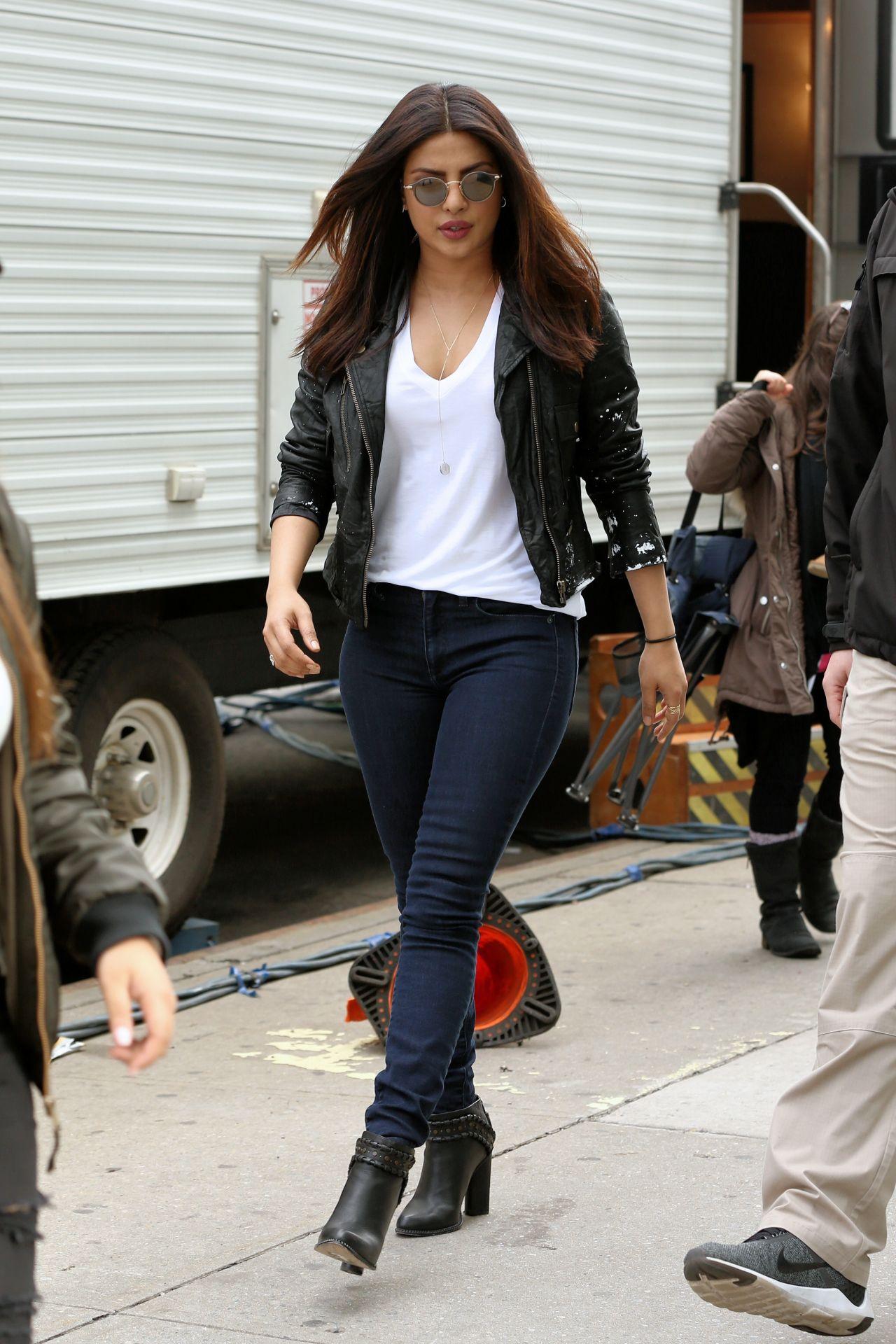 "Priyanka Chopra - ""Quantico"" Set in New York, May 2017  Priyanka Chopra 2017 May"