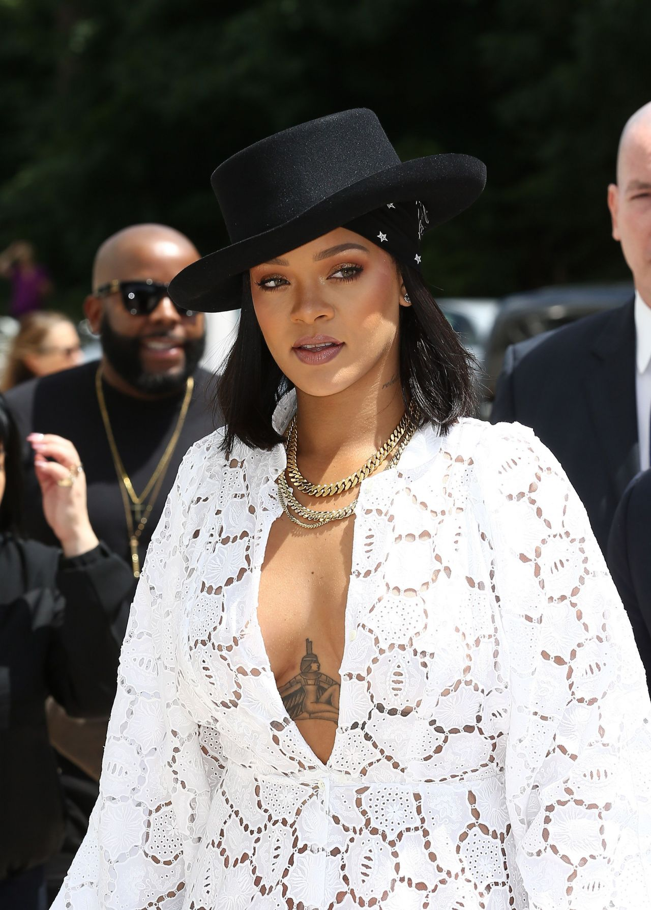 Rihanna Young Fashion Designer Lvmh Prize 2017 Edition