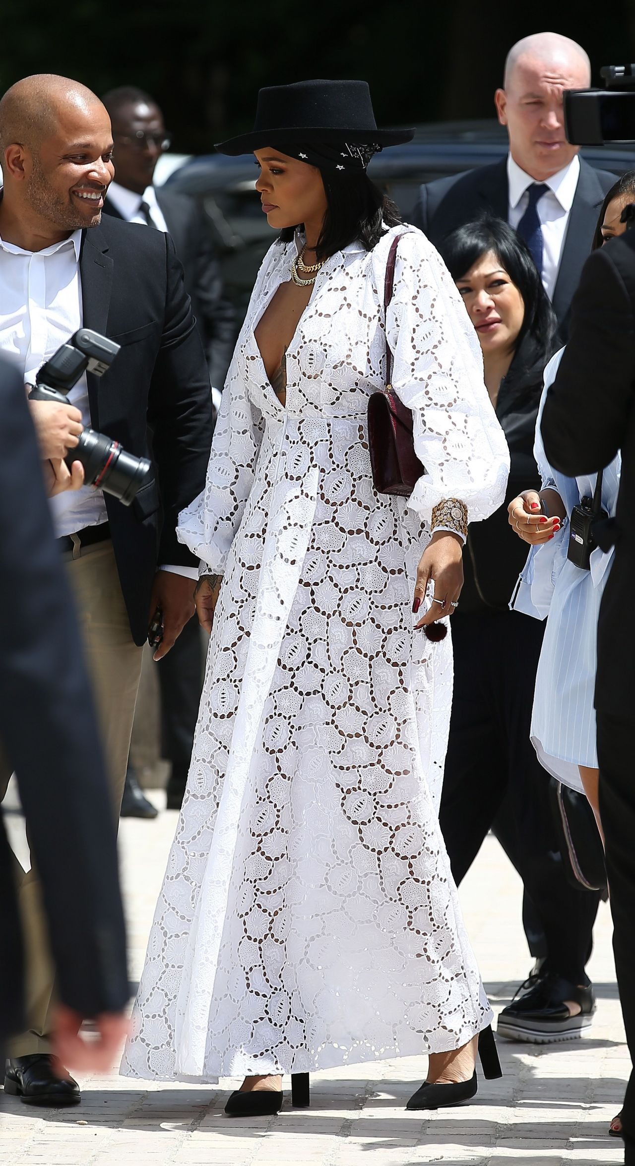 Rihanna - Young Fashion Designer': LVMH Prize 2017 Edition ...