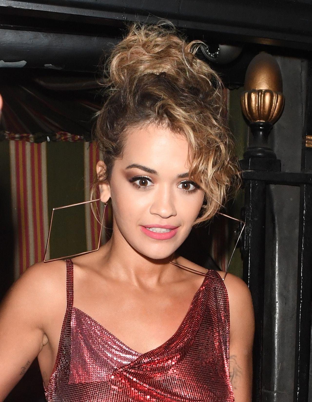 Rita Ora Fashion Shoot Photos: Rita Ora Arriving For The Gig In Mayfair, London 06/27/2017