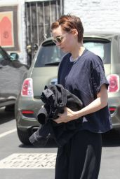 Rooney Mara Street Style - Los Angeles, California 06/13/2017