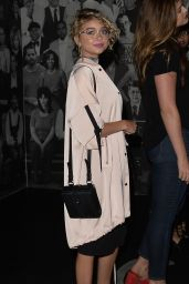 Sarah Hyland - Dinner With Friends in West Hollywood 06/17/2017
