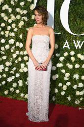 Sarah Paulson – Tony Awards in New York City 06/11/2017