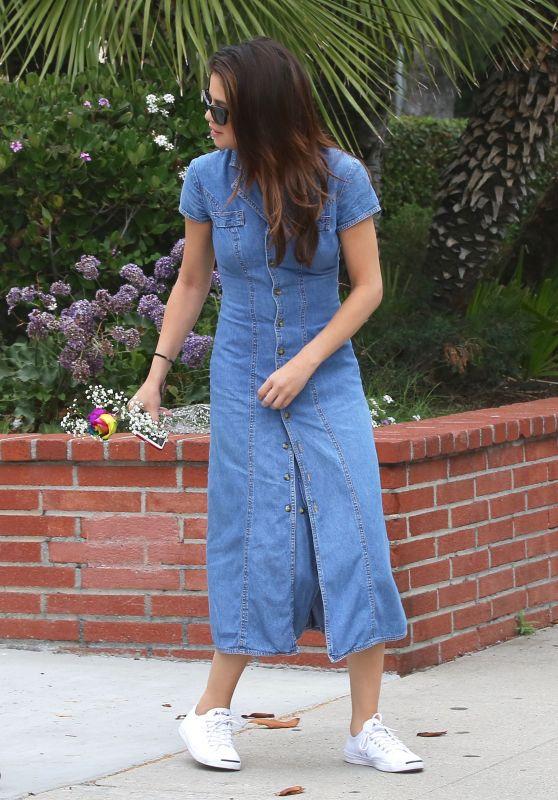Selena Gomez Cute Outfit - LA 06/10/2017